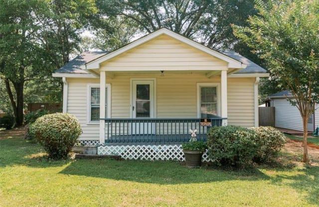 101 Lakewood Road SE - 101 Lakewood Road Southeast, Fair Oaks, GA 30008