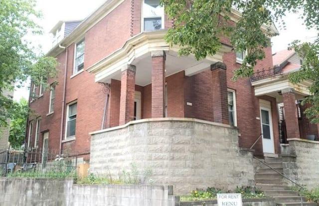 1031 East Land Place - 1031 East Land Place, Milwaukee, WI 53202