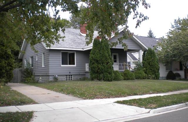 523 E 3rd St, Royal Oak, MI 48067 - 523 East 3rd Street, Royal Oak, MI 48067