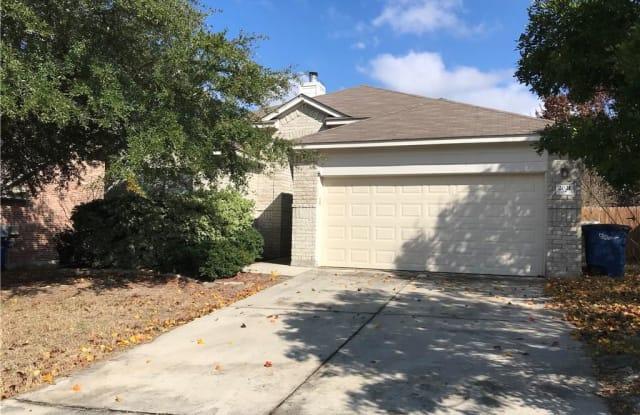 2021 Warwick - 2021 Warwick Place, New Braunfels, TX 78130
