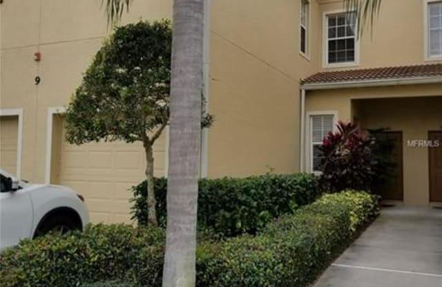 3661 PARKRIDGE CIRCLE - 3661 Parkridge Cir, Sarasota County, FL 34243