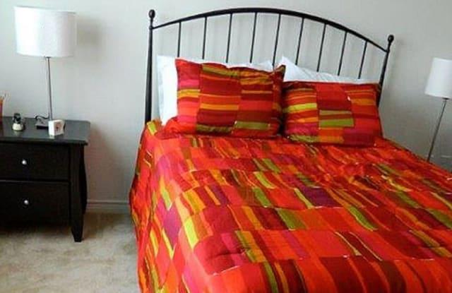 Taylors Farm Urban Apartments Living - 1150 Pinnacle Park Boulevard, Dallas, TX 75211