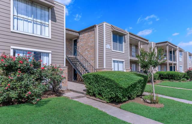 Villa Anita - 5757 Guhn Road, Houston, TX 77040
