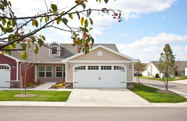 Redwood Sylvania - 3017 Coffeetree Lane, Sylvania, OH 43560