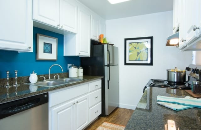 Siena Apartment Homes - 7375 Rollingdell Dr, Cupertino, CA 95014