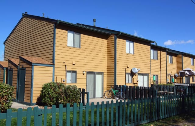 Kipling Townhomes - 10215 W 25th Ave, Lakewood, CO 80215