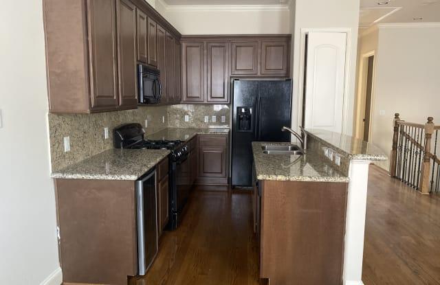 Beverly Hill Patio Homes - 6353 Richmond Avenue, Houston, TX 77057