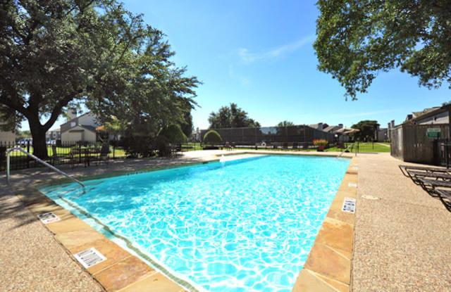 The Park On Greenville - 9221 Amberton Pkwy, Dallas, TX 75243