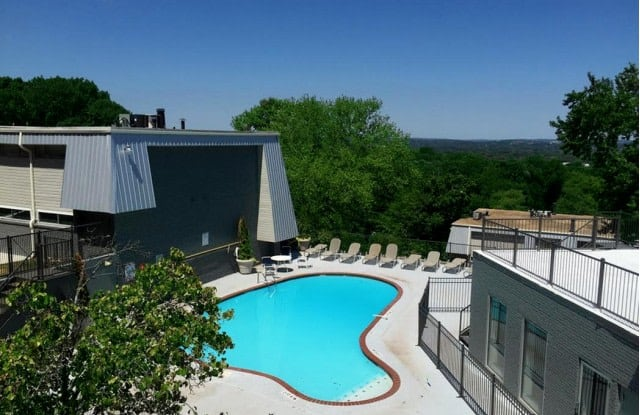 Mountainside Apartments - 101 Penthouse Drive, Birmingham, AL 35205