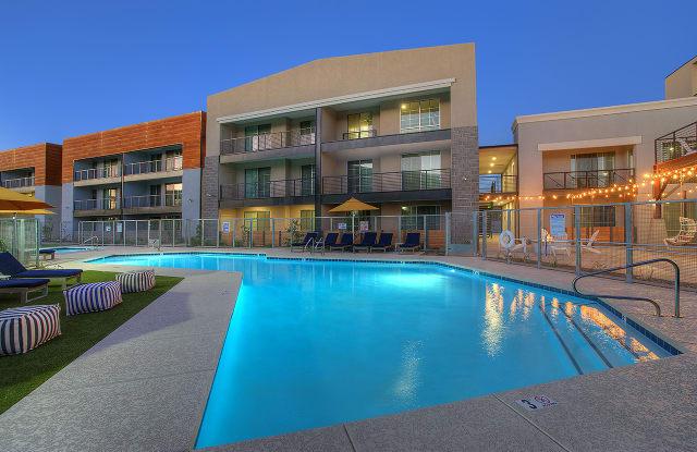 District Lofts by Mark-Taylor - 170 W Cullumber Ave, Gilbert, AZ 85233