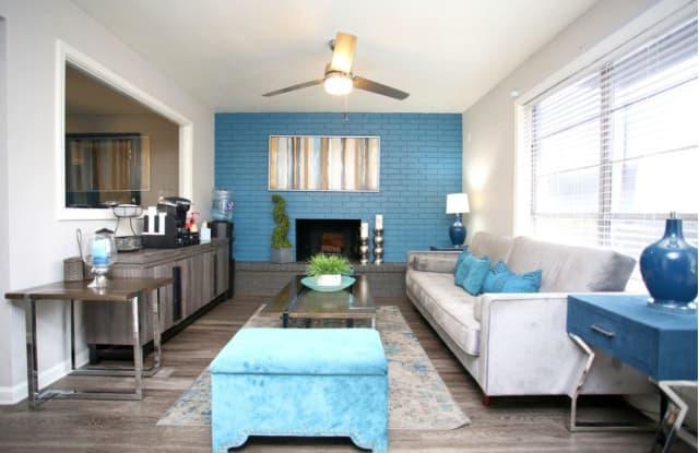 Val Dor Flats Apartments - 1521 Reagan Hill Dr, Austin, TX 78752