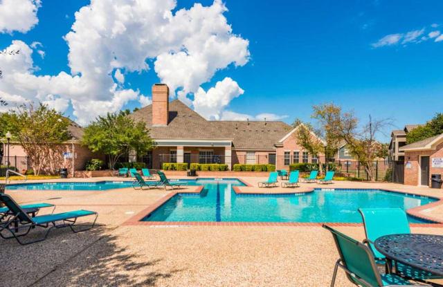 Waterford at Spencer Oaks - 2100 Spencer Rd, Denton, TX 76205