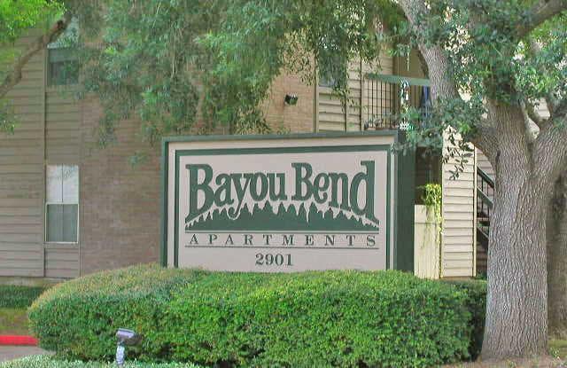 Bayou Bend Apartments - 2901 Airport Ave, Rosenberg, TX 77471