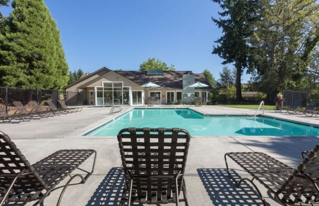 Forest Rim - 6765 SW Nyberg St, Tualatin, OR 97062