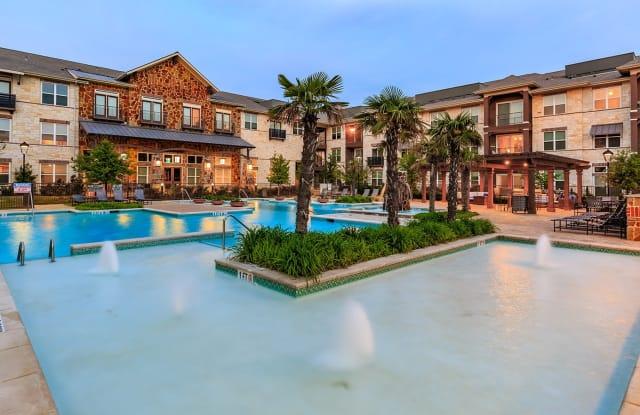 Villas of Chapel Creek - 5775 Parkwood Blvd, Frisco, TX 75034