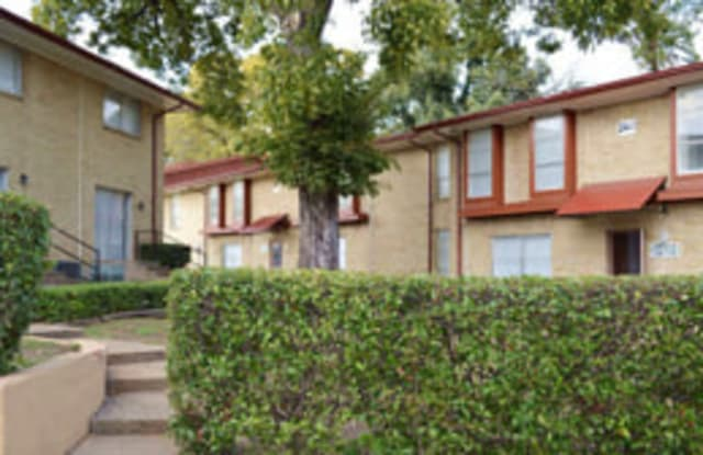 Holiday Hills II - 811 N. Plymouth Road, Dallas, TX 75211