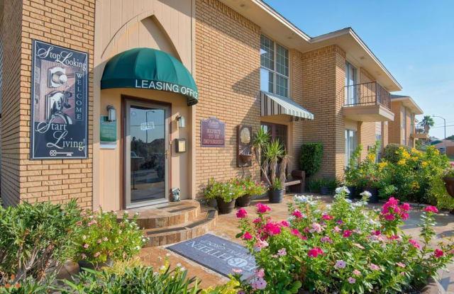 Ashton Place Apartments - 3219 69th St, Galveston, TX 77551