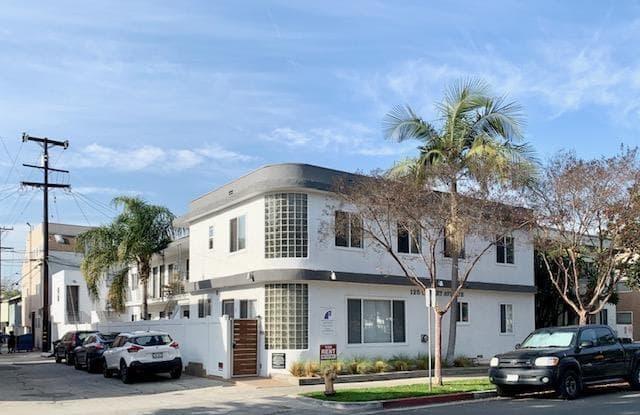125 Cherry Ave - 125 Cherry Ave, Long Beach, CA 90802