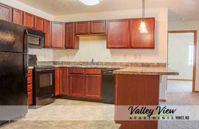 Valley View - 3200 NW 20th Ave, Minot, ND 58703