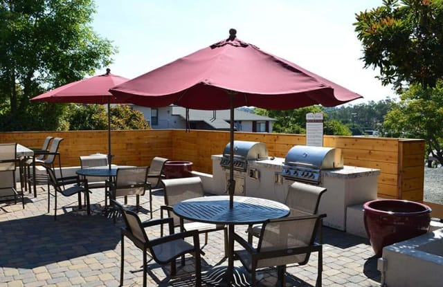 Hillside Terrace - Vista - 322 Hillside Terrace, Vista, CA 92084