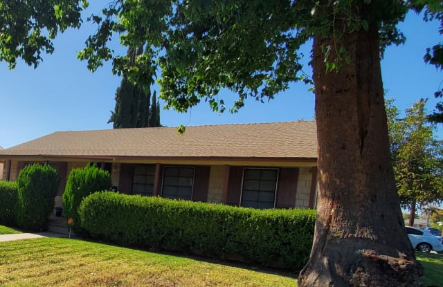 7755 Paso Robles - 7755 Paso Robles, Los Angeles, CA 91406