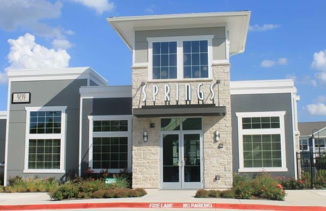 Springs at Lakeline - 9239 Amberglen Blvd, Austin, TX 78729