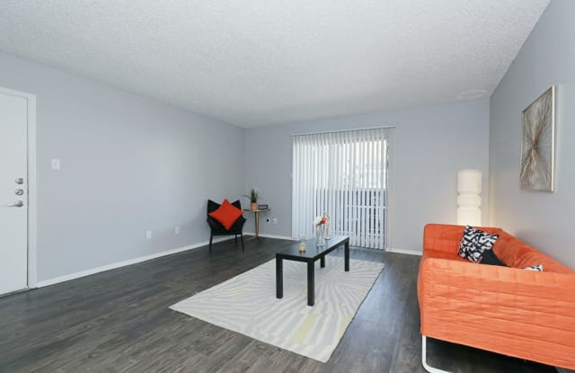 The Social Apartments - 1817 E Oltorf St, Austin, TX 78741