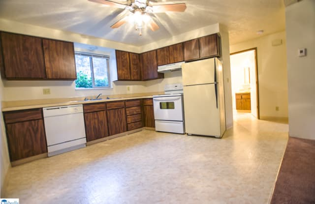 Bailey Hill Meadows - 1515 Bailey Hill Rd, Eugene, OR 97402