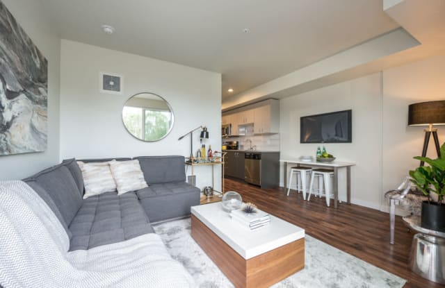 Stream 403 Apartments - 403 Belmont Ave E, Seattle, WA 98102