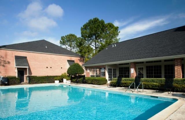 Walnut Terrace - 2801 Walnut Bend Ln, Houston, TX 77042