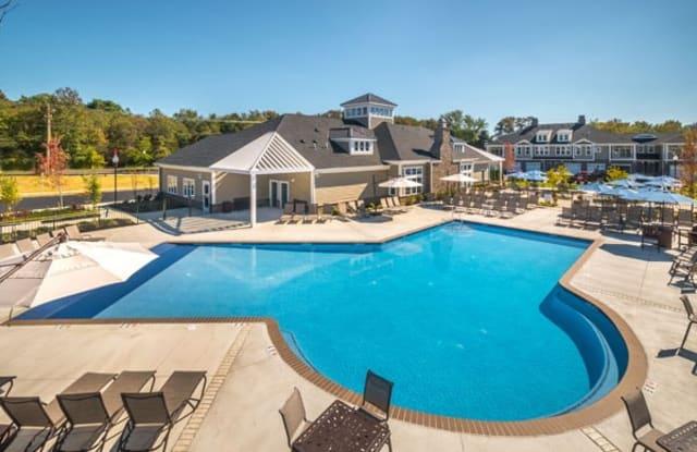 Essex Chase Apartments - 1000 Gianna Dr, Glassboro, NJ 08028