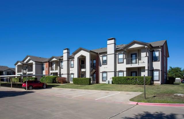 Cooper Glen - 3232 N Locust St, Denton, TX 76207