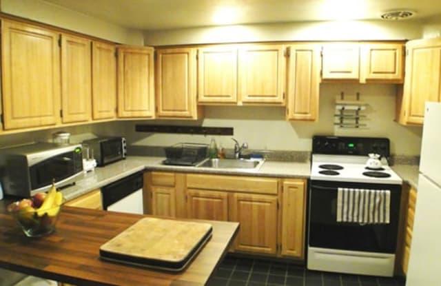 Green Street Apartments - 2113 Green St, Philadelphia, PA 19130
