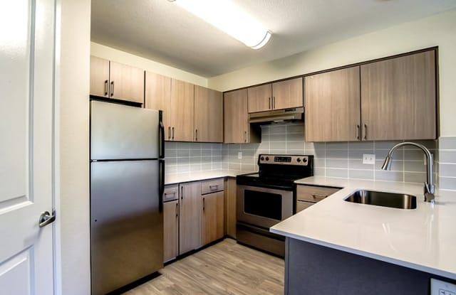 Creekside Village Apartments - 3100 Falk Rd, Vancouver, WA 98661