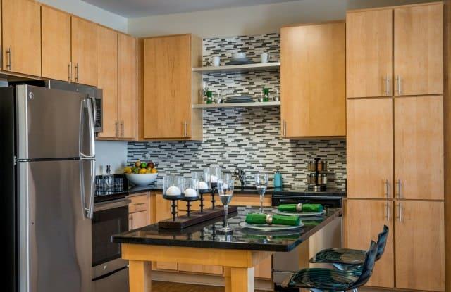Pinnacle Apartments - 600 Freeman Dr, Hampton, VA 23666