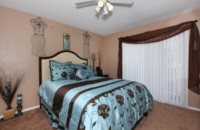 Whitney Manor - 1117 Whitney Ave, Terrytown, LA 70053