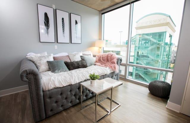 Venue Tower Apartments - 15 Ottawa Ave NW, Grand Rapids, MI 49503