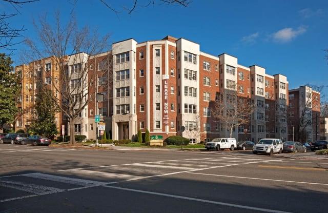La Reine Apartments - 5425 Connecticut Ave NW, Washington, DC 20015