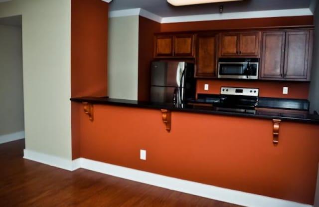 Sergeant's Apartments - 710 Cherokee Boulevard, Chattanooga, TN 37405