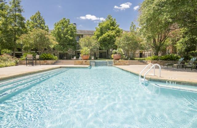 Hillside Villas - 2207 Wickersham Ln, Austin, TX 78741