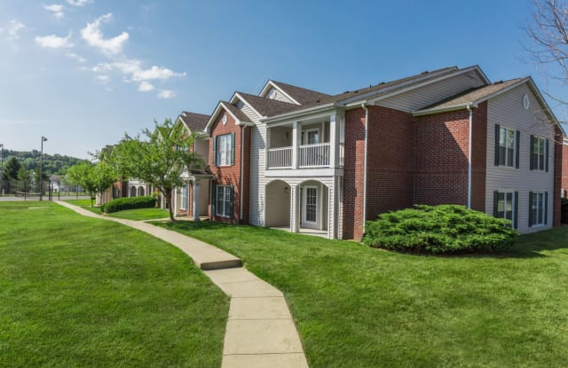 Steeplechase Bloomington In Apartments For Rent
