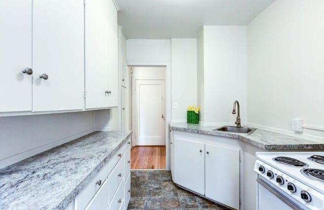 Stockbridge - 1330 Boren Ave, Seattle, WA 98101
