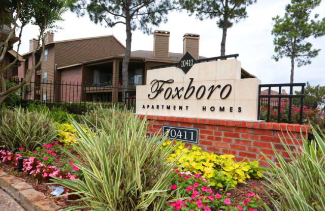 Foxboro Apartment Homes - 10411 South Drive, Houston, TX 77099