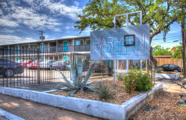 Harmon Square - 4719 Harmon Avenue, Austin, TX 78751