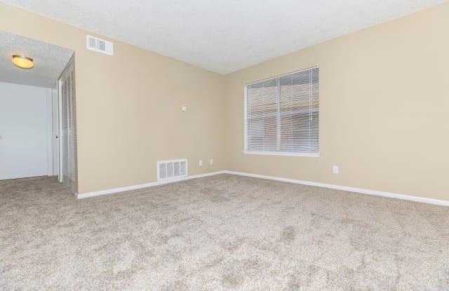 Sunpark Apartment Homes - 2205 N Frazier St, Conroe, TX 77303