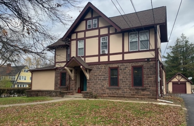 76 WATCHUNG AVE - 76 Watchung Avenue, Upper Montclair, NJ 07043
