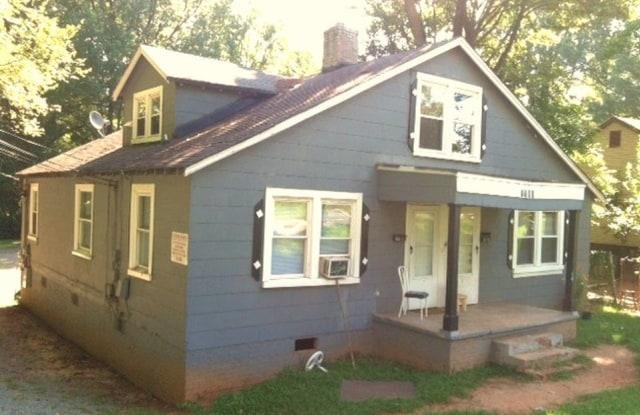 4104 Glenwood Dr - B - 4104 Glenwood Drive, Charlotte, NC 28208