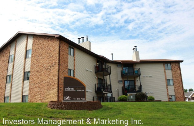 Colton Heights - 707 6th Avenue Southwest, Minot, ND 58701