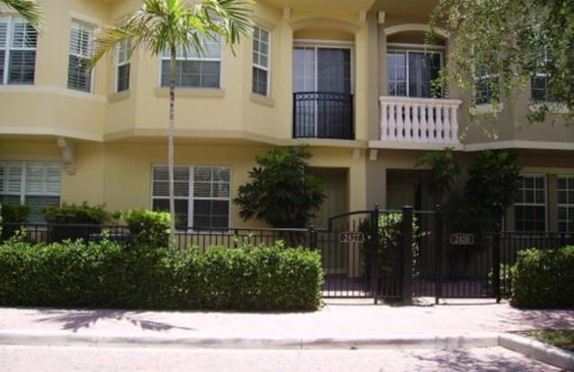 2427 San Pietro Circle - 2427 San Pietro Circle, Palm Beach Gardens, FL 33410