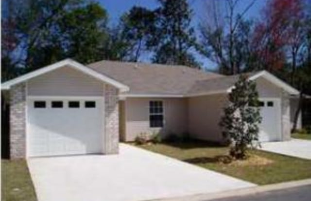 809 Hayley Marie Ct - 809 Hayley Marie Court, Wright, FL 32547